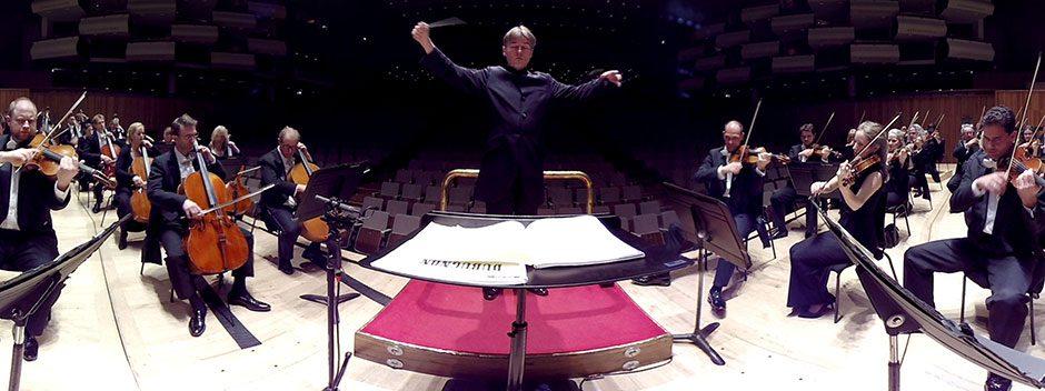 Godetevi una performance dell'Orchestra Philarmonia con The Virtual Orchestra di PlayStation VR
